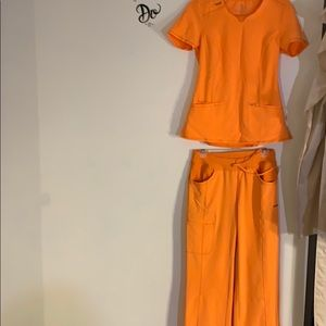 Infinity set of scrubs